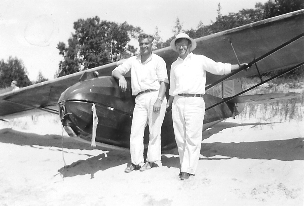 1940 - Art Schultz with Valdobstky with ABC Glider Club's Franklin Secondary sailplane.