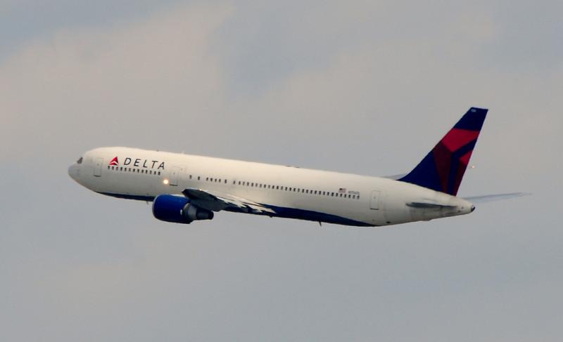 Boeing 767-300 Extended Range