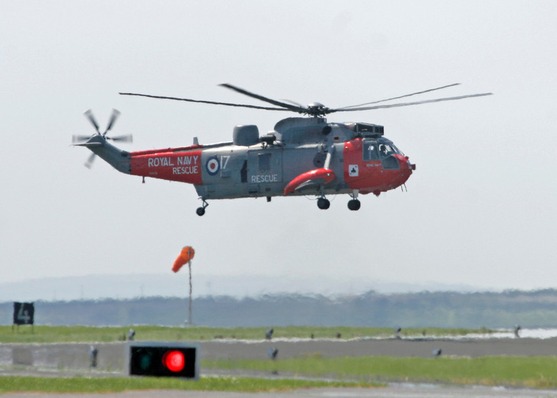 XV670 Westland Sea King HU5 (RNAS Culdrose) Royal Navy3