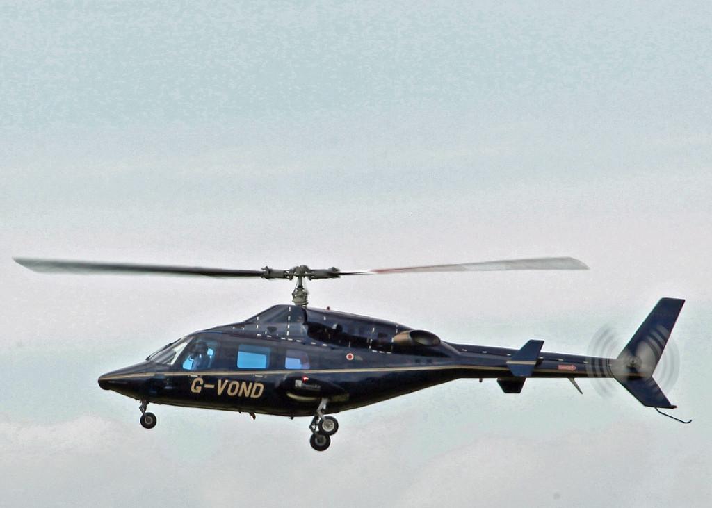 G-VOND Bell 222 (Carlisle) Von Essen Aviation Limited