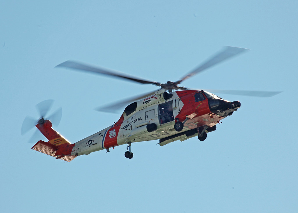 6008 Sikorsky MH-60J Jayhawk (In-Flight over Holmes Beach FL) United States Coast Guard [Clearwater station] 6