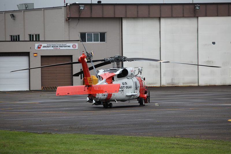 6011 sikorsky HH-60J Jayhawk (Astoria Airport, Oregon - USA) United States Coast Guard 5