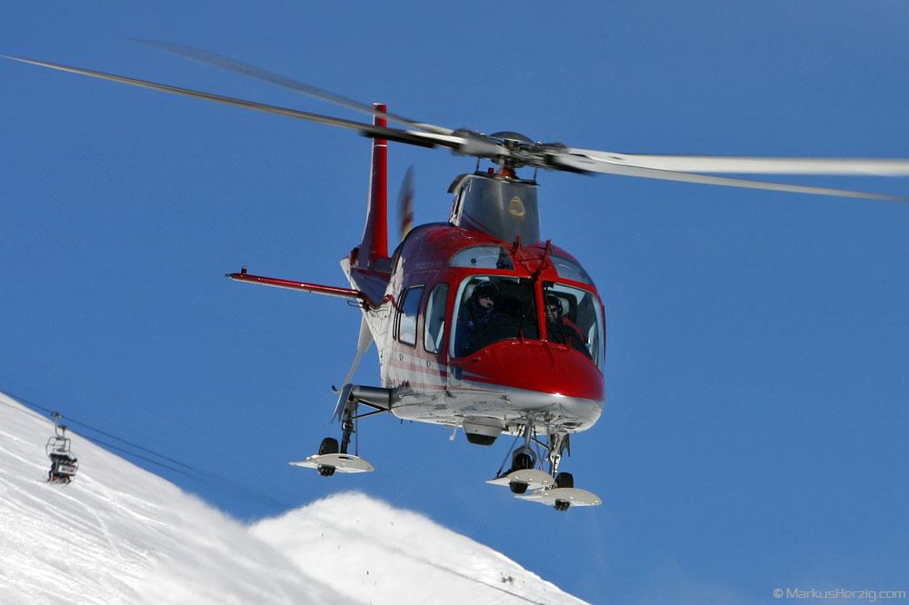 HB-XQE A109E FOCA @ Lauberhorn Switzerland 13Jan08