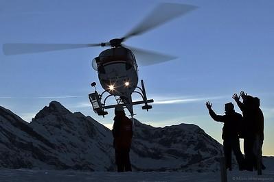 HB-ZEI AS350B3 Heliswiss @ Kleine Scheidegg Switzerland 13Jan07