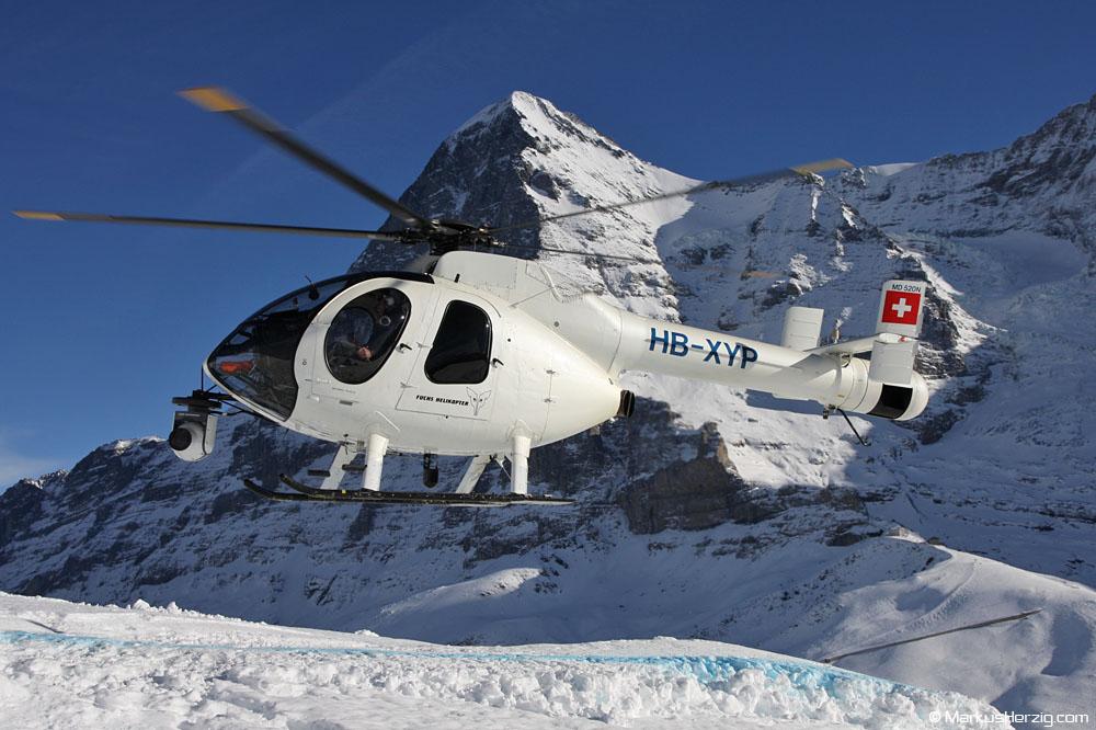 HB-XYP MD520N Fuchs Helikopter @ Lauberhorn Switzerland 15Jan11 - Eiger north face 3970m