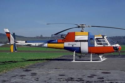 F-GHDC AS350B1 Aerospatiale @ Bern Switzerland 10Nov89