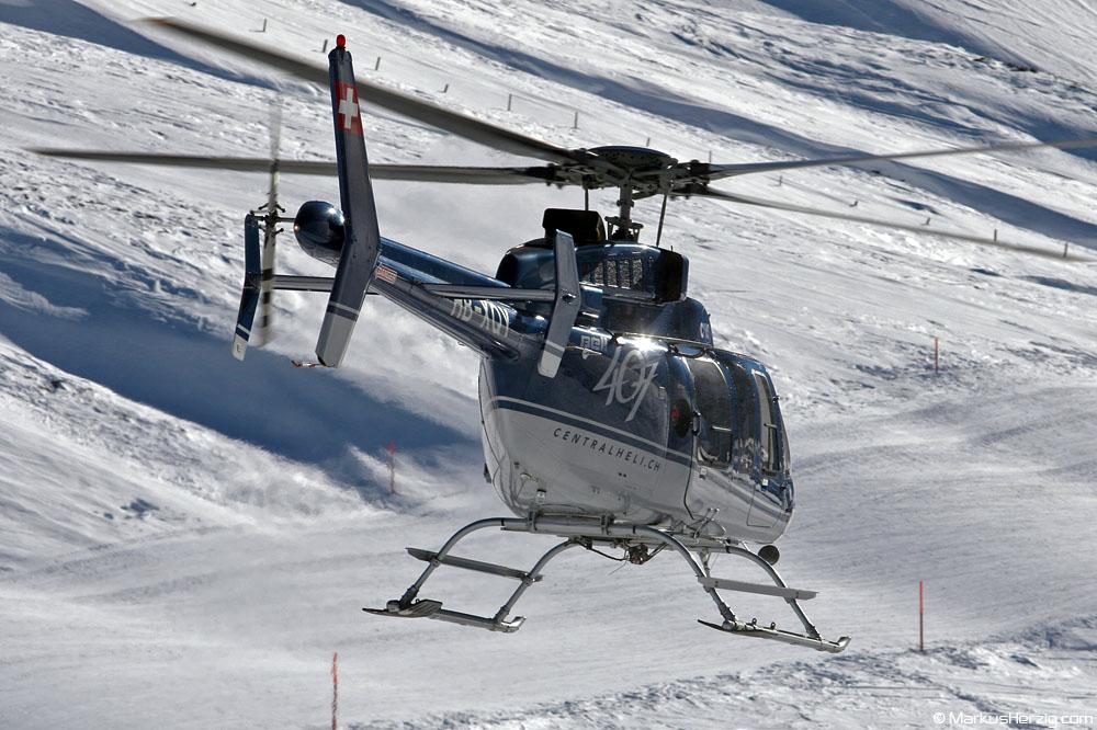HB-XQY Bell 407 CHS @ Kleine Scheidegg Switzerland 13Jan06
