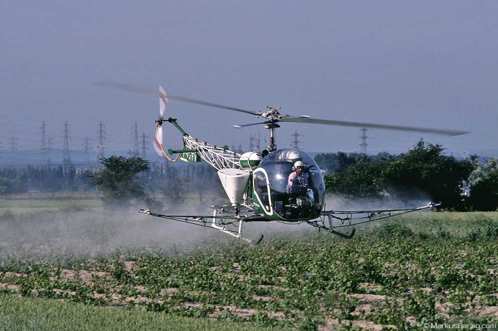 F-GFFV Bell 47G-2 Air Action @ Lapalud France 28May95