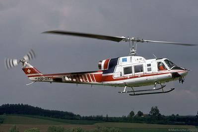 HB-XKH Bell 214B-1 Finet France @ Bern Switzerland 9Jul92 - cabin of F-GFUT