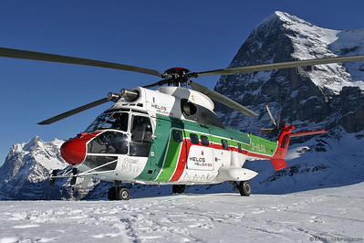 D-HLOG AS332C1 Helog-Heliswiss @ Kleine Scheidegg Switzerland 13Jan07