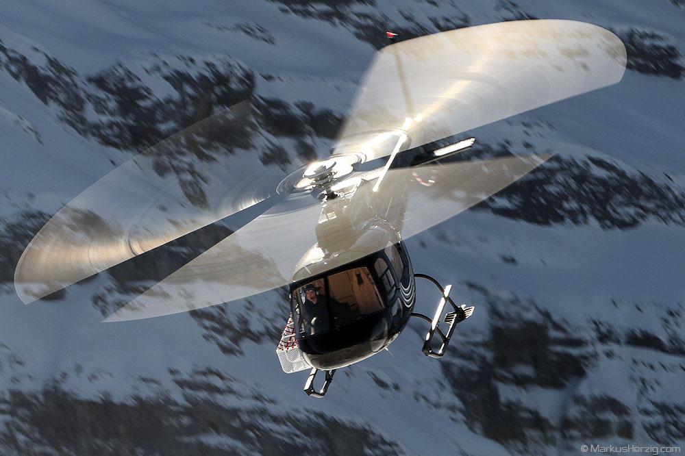 HB-ZTM AS350B2 Mountain Flyers @ Lauberhorn Switzerland 14Jan12