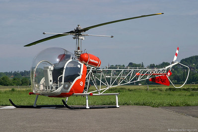 HB-XAE Bell 47G-5 Heliswiss @ Bern Switzerland 19May03