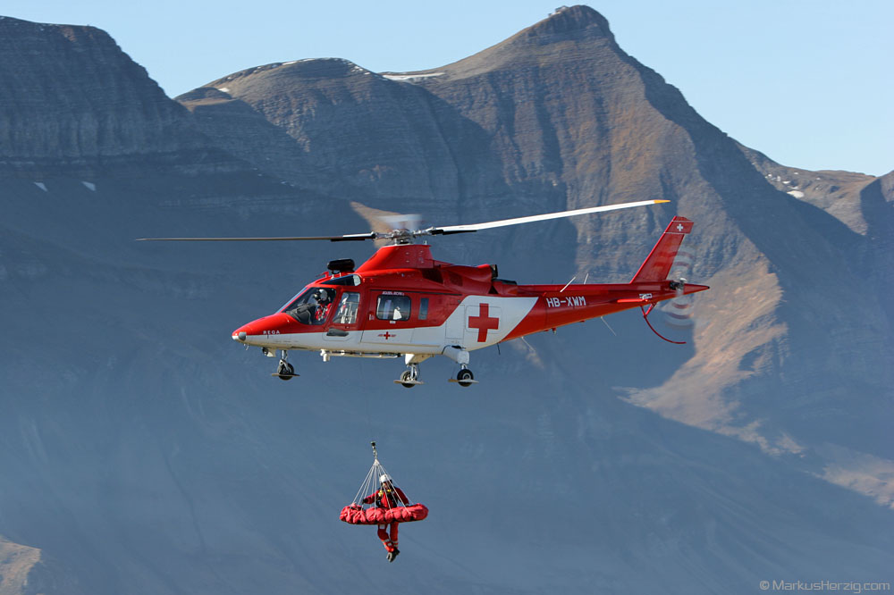 HB-XWM A109K2 Rega @ Axalp Switzerland 11Oct07 - mountain rescue