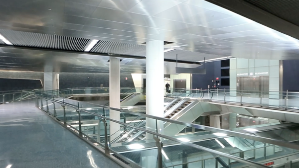 IAD C Concourse AeroTrain Pedestrian Traffic