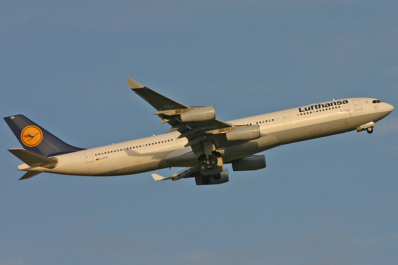 LH441 departing Rwy 15R headed to FRA