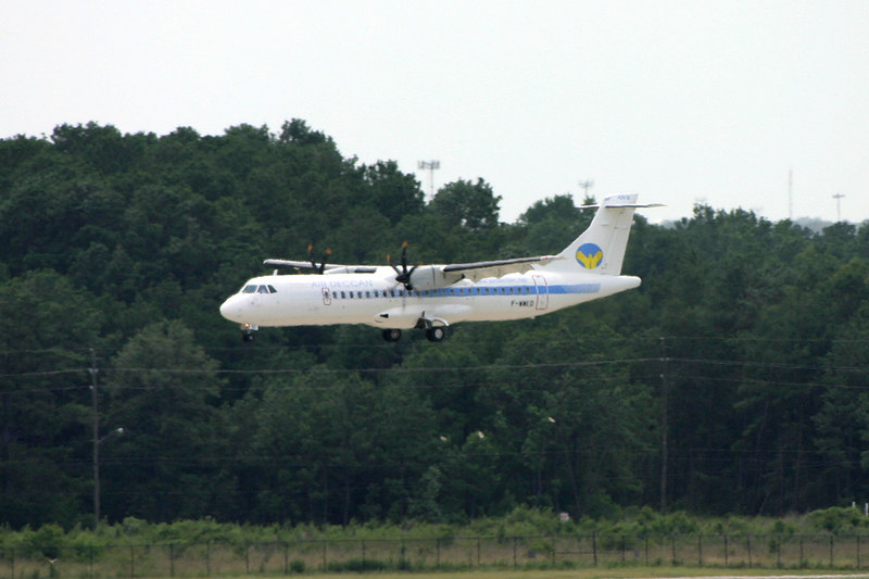 Air Deccan ATR-72 landing on 15L.  What's she doing here?