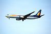 VT-JGG JET AIRWAYS B737-800