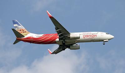 VT-AXQ  AIR INDIA EXPRESS B737-800