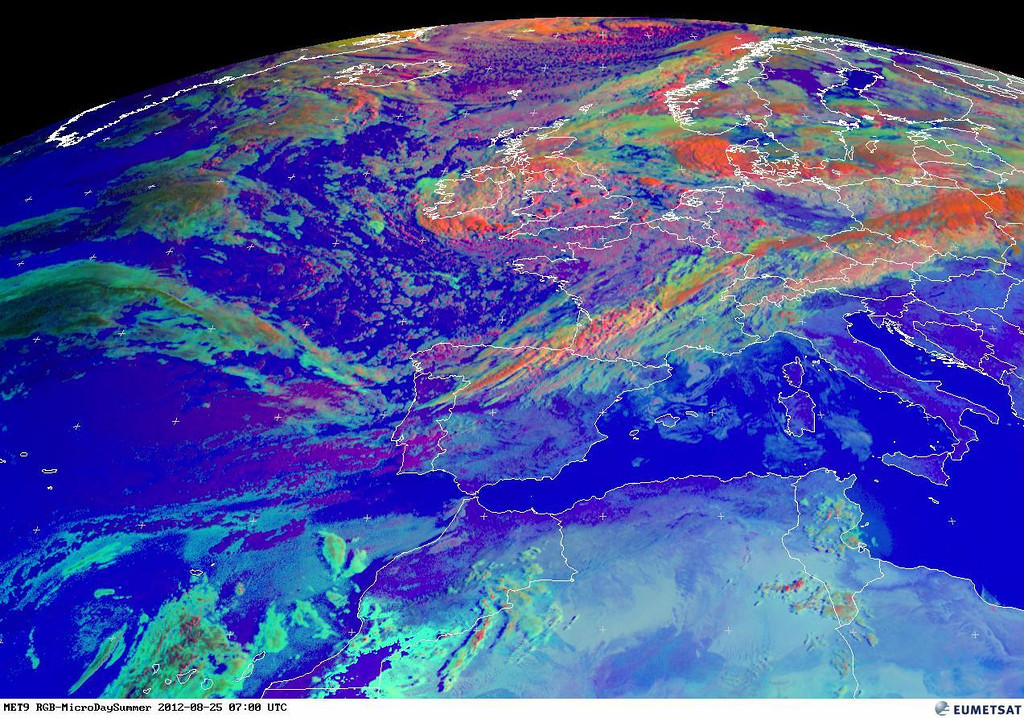 Where would the jetstream be?<br /> <br /> Copyright 2012 EUMETSAT