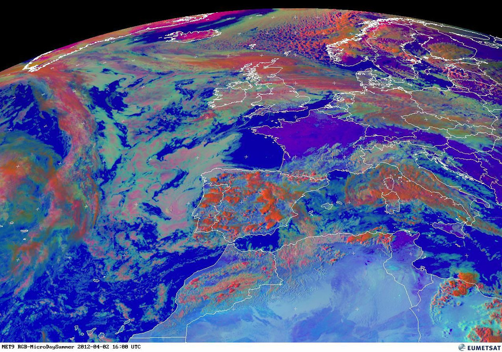 Notice cells building over Portugal and Spain. This RGB even shows it better. The red colors signify clouds with large ice particles.<br /> <br /> Copyright 2012 EUMETSAT<br /> <br /> The TAF of Jerez Airport doesn't look promising as well.<br /> <br /> TAF LEJR 021700Z 0218/0318 24008KT 9999 SCT020 TX20/0314Z TN11/0306Z PROB40 <br />       TEMPO 0218/0315 4000 TS SHRA SCT015CB BKN020