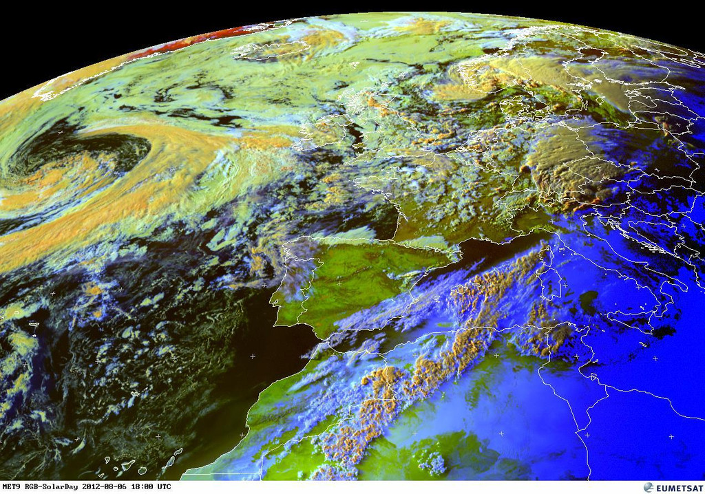 Just a satellite picture showing a textbook Low with warmfront and coldfront. Seems it will not influence the lower countries.<br /> <br /> Copyright 2012 EUMETSAT