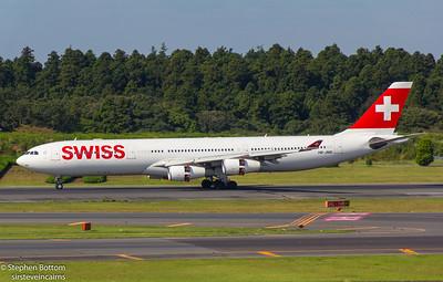 HB-JMD SWISS A340-300