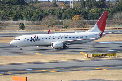 JA315J JAPAN AIRLINES 737-800