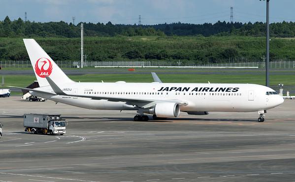 JA621J JAPAN AIR B767-300