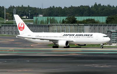 JA601J JAPAN AIRLINES B767-300
