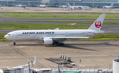 JA007D JAPAN AIRLINES B777-200