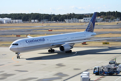 N76064 CONTINENTAL AIRLINES 767-400ER