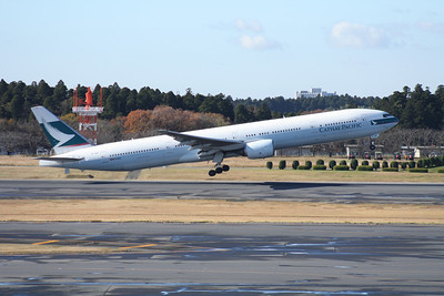 B-HNF CATHAY PACIFIC 777-300