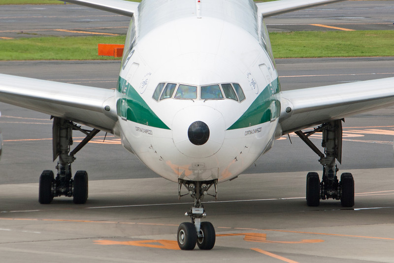 Alitalia<br /> Boeing 777-200<br /> EI-ISD
