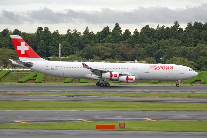 Swiss International Air Lines Airbus A340-300 HB-JMN