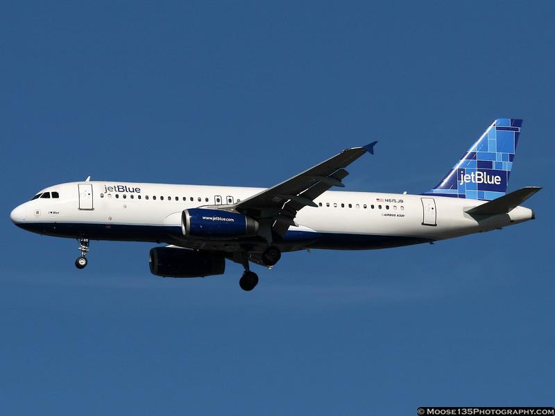 N615JB - I ♥ Blue