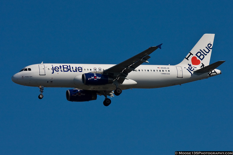 N586JB - I Love Blue York