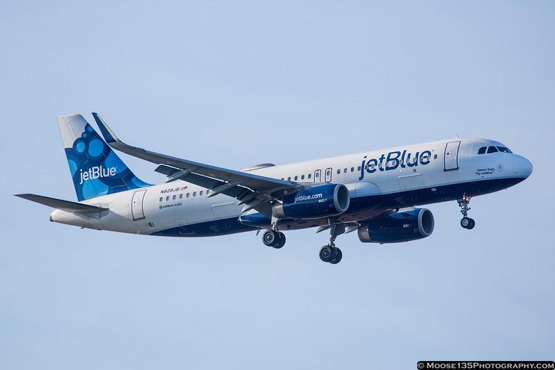 """N828JB - Simon Says """"Try JetBlue"""""""
