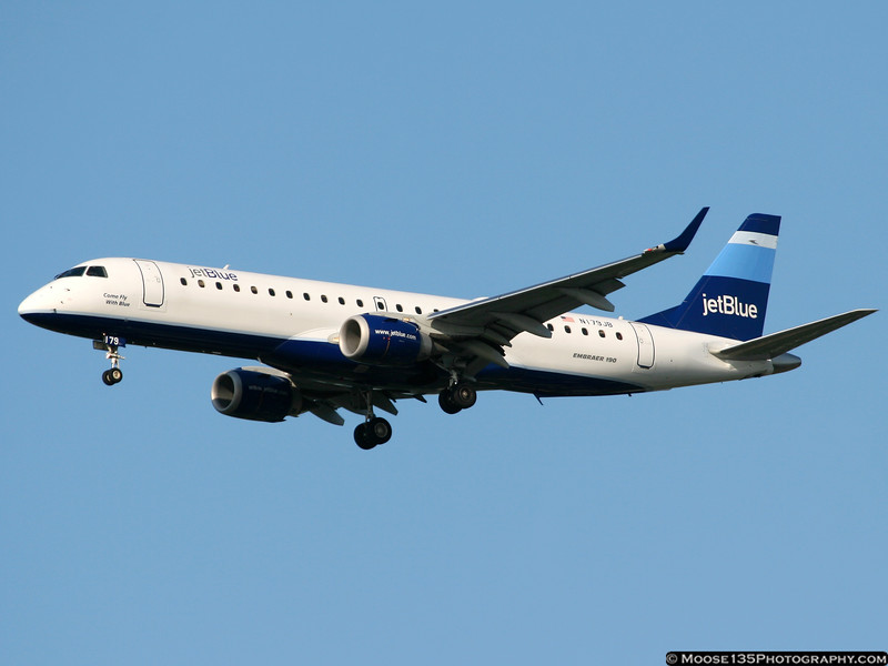 N179JB - Come Fly With Blue