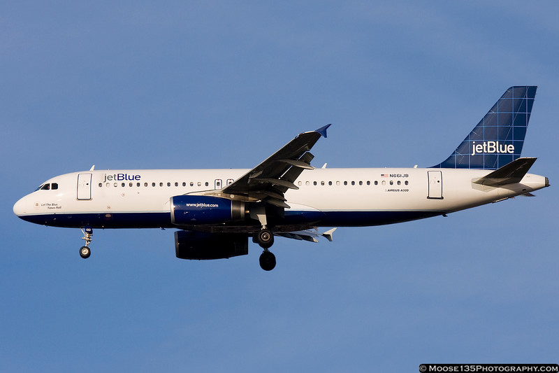 N661JB - Let The Blue Times Roll