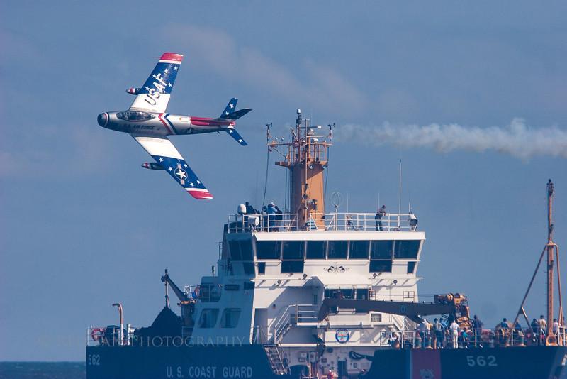 USAF Skyblazers at the 2009 Sea & Sky Spectacular at Jacksonville Beach, Florida