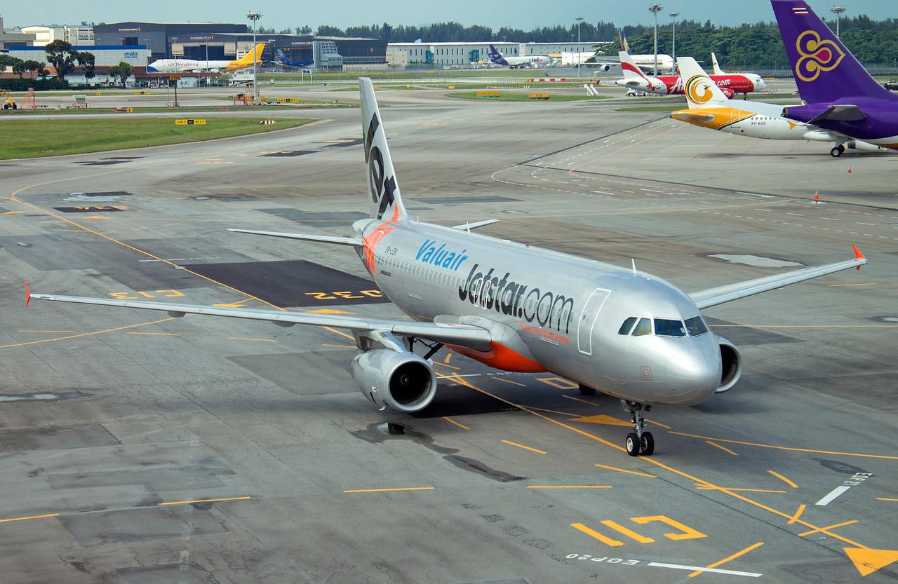 9V-JSN JETSTAR A320