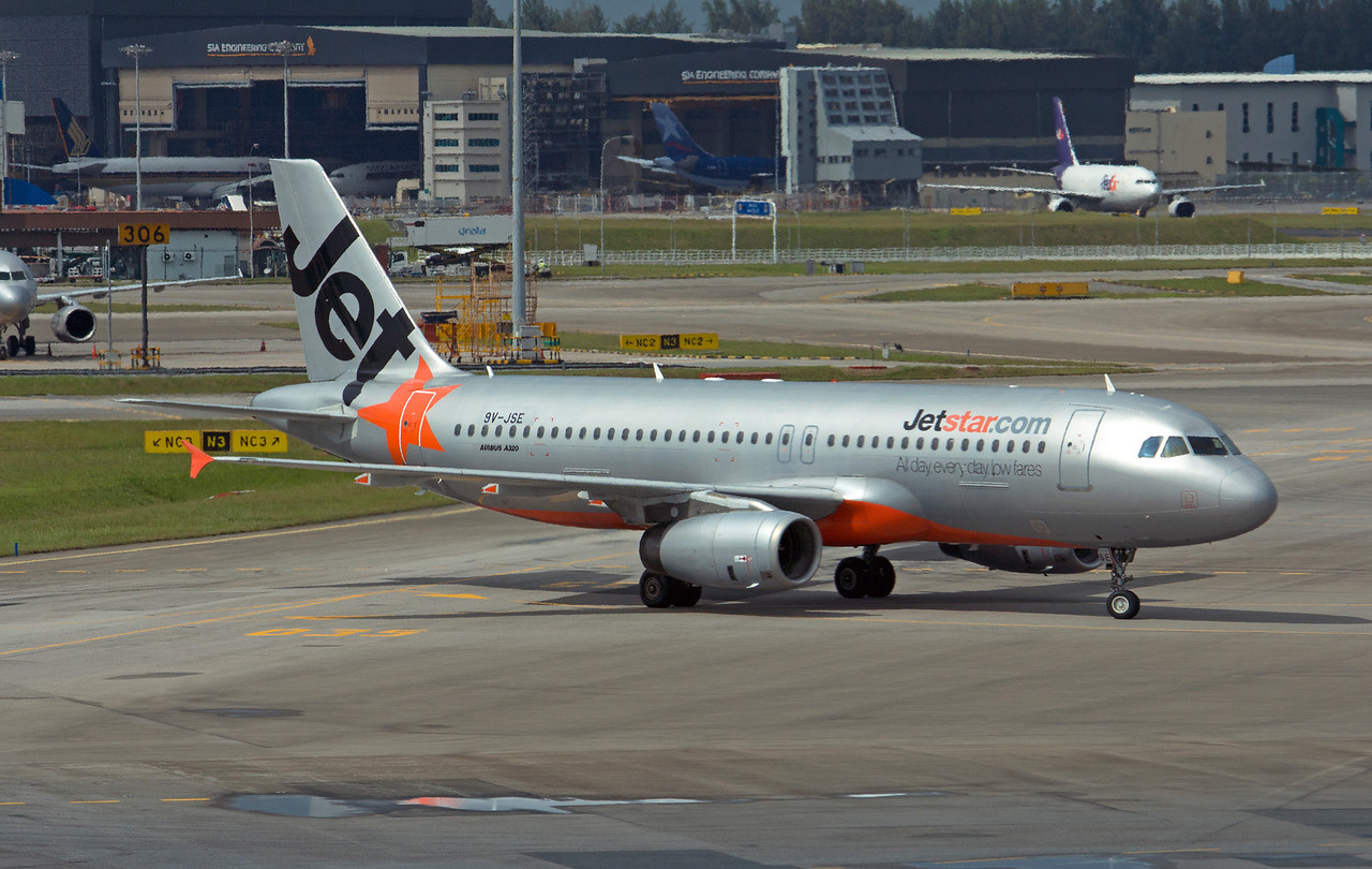 9V-JSE JETSTAR A320