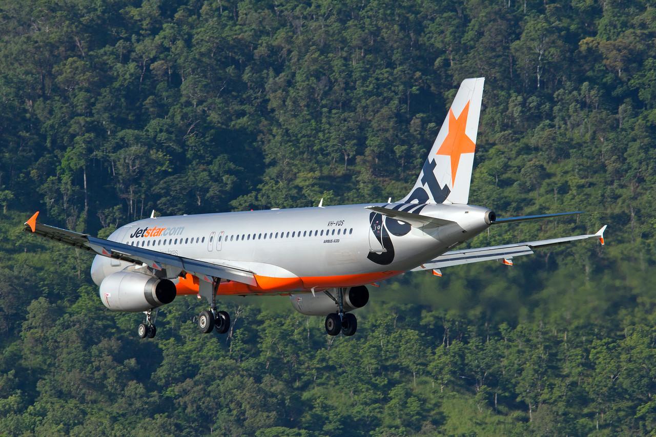 VH-VQS JETSTAR A320