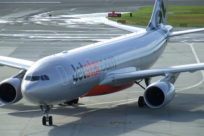 Jetstar Airbus A330-200 VH-EBF