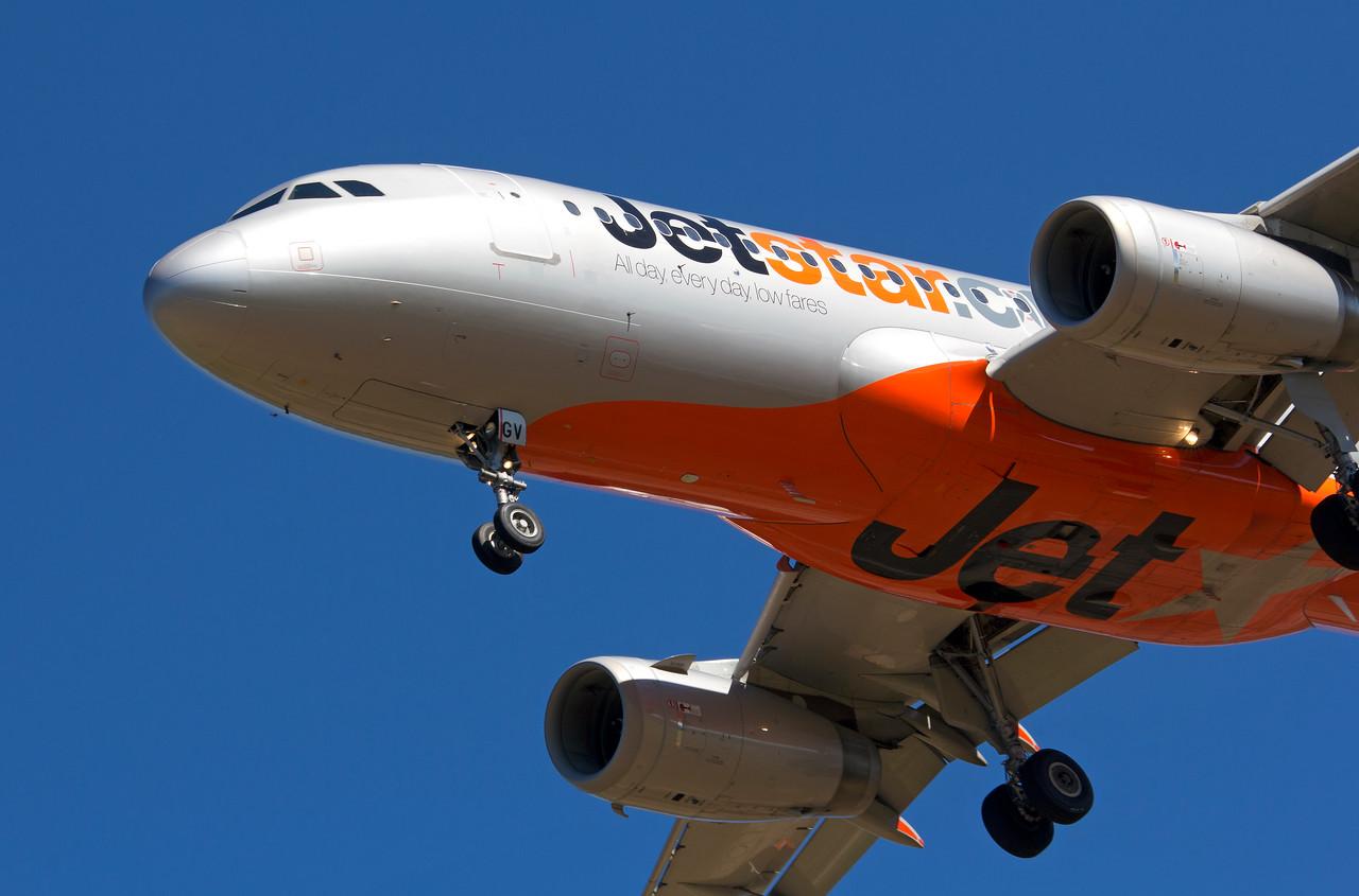 VH-VGV JETSTAR A320