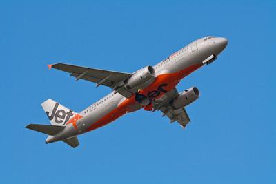 Jetstar Airbus A320-200 VH-VQZ