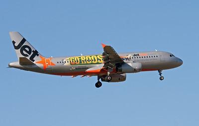 VH-VQH JETSTAR A320