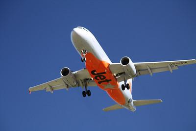 JETSTAR Airbus A320-200 VH-JQW