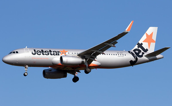 VH-VFY JETSTAR A320