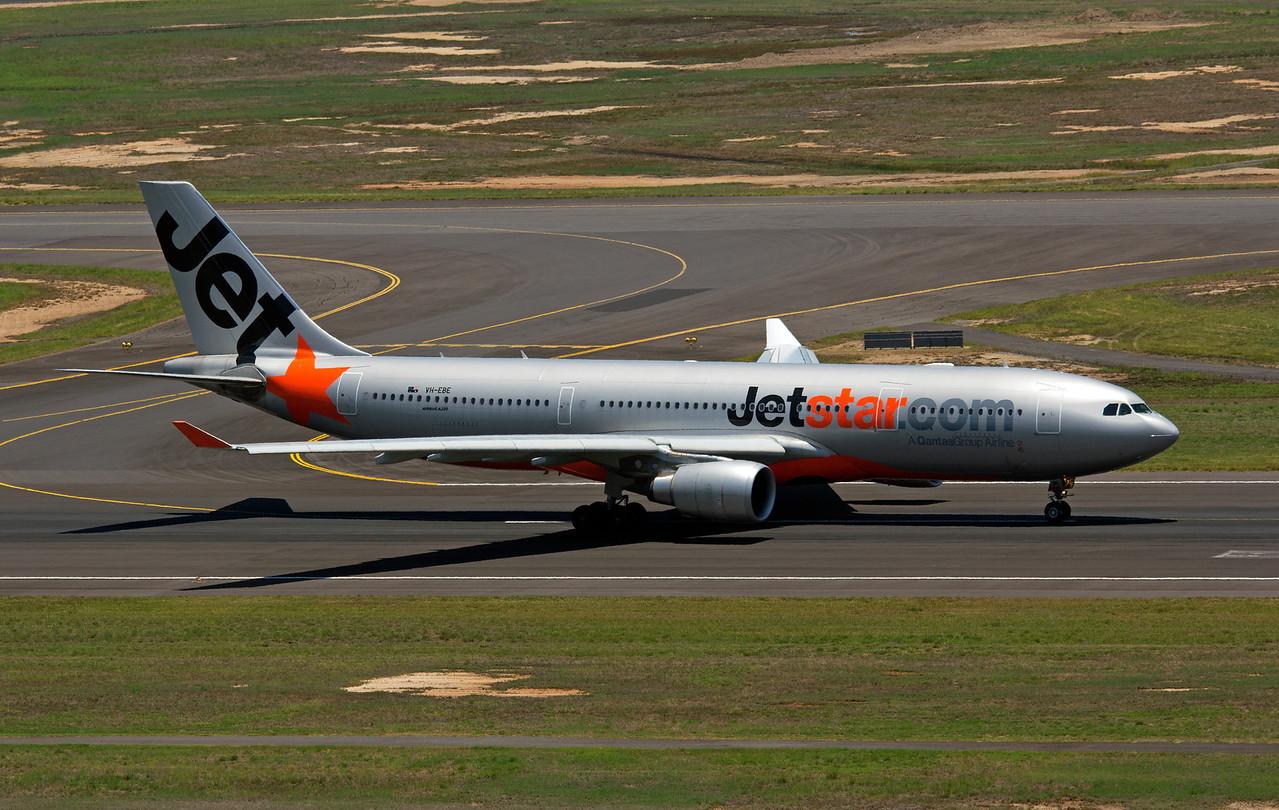 VH-EBE JETSTAR A330-200
